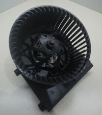 Двигатель отопителя (моторчик печки) Volkswagen Golf-4 Артикул 50849029 - Фото #1