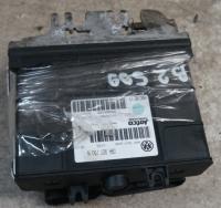 Блок управления Volkswagen Golf-4 Артикул 50878429 - Фото #1