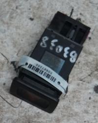 Кнопка аварийной сигнализации (аварийки) Volkswagen Golf-4 Артикул 50887350 - Фото #1