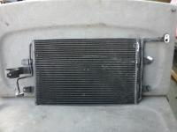Радиатор охлаждения Volkswagen Golf-4 Артикул 51729585 - Фото #1