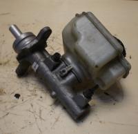 Цилиндр тормозной главный Volkswagen Golf-5 Артикул 51802582 - Фото #2