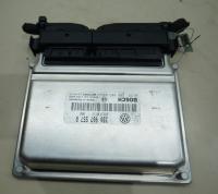 Блок управления Volkswagen Passat B5+ (GP) Артикул 50828630 - Фото #1