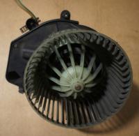 Двигатель отопителя (моторчик печки) Volkswagen Passat B5 Артикул 51240356 - Фото #1