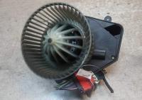 Двигатель отопителя (моторчик печки) Volkswagen Passat B5 Артикул 51713885 - Фото #1