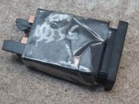 Кнопка аварийной сигнализации (аварийки) Volkswagen Passat B5 Артикул 51838868 - Фото #1